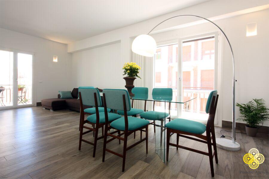 Home pomelie agency holiday rentals in sicily for Piano casa delle bambole vittoriana